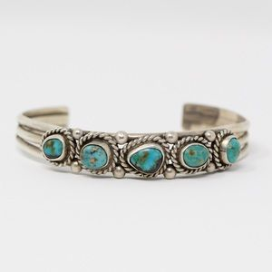 Jewelry - NAVAJO VINTAGE Sterling Turquoise Cuff Bracelet 6""